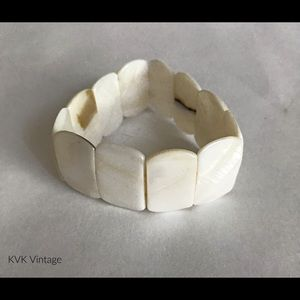 Vintage White Natural Shell Bracelet